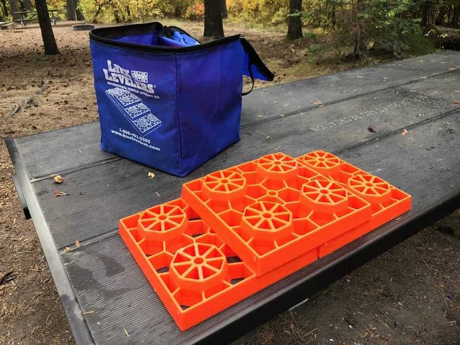 What are the best Travel Trailer Leveling Blocks? 2019